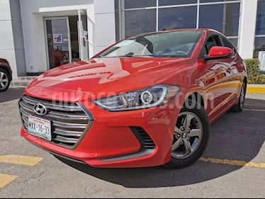 Hyundai Elantra GLS Aut usado (2017) color Rojo precio $210,000