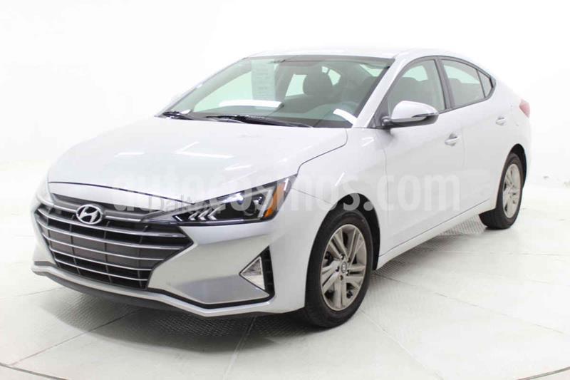 Hyundai Elantra GLS Premium Aut usado (2020) color Plata precio $299,000