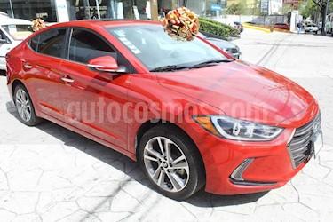 Hyundai Elantra 4p Limited Tech Navi L4/2.0 Aut usado (2017) color Rojo precio $245,000