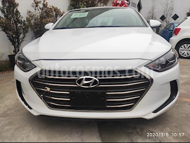 Hyundai Elantra GLS usado (2018) color Blanco precio $183,500