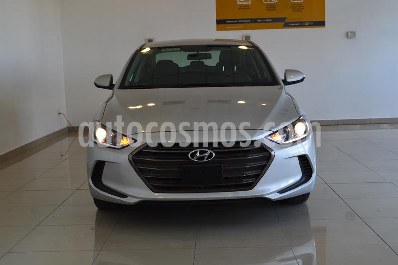 Foto Hyundai Elantra GLS Aut usado (2018) color Plata precio $239,000
