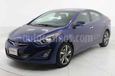 Hyundai Elantra 4p Limited Tech Navi L4/1.8 Aut usado (2016) color Azul precio $179,000