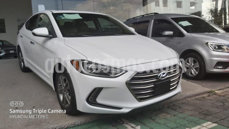 Hyundai Elantra Limited Tech Navi Aut usado (2017) color Blanco precio $238,000