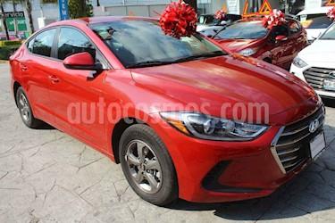 foto Hyundai Elantra 4p GLS L4/2.0 Man usado (2017) color Rojo precio $199,000