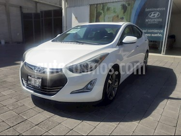 Hyundai Elantra Limited Tech Aut usado (2015) color Blanco precio $193,500