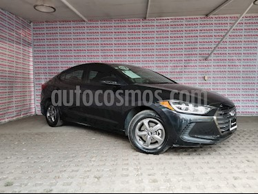 Hyundai Elantra GLS Aut usado (2017) color Negro precio $205,000