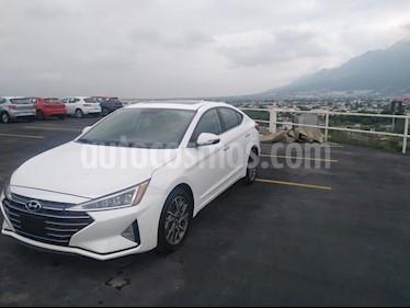 Hyundai Elantra Limited Tech Navi Aut usado (2019) color Blanco precio $309,900