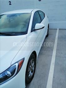 Hyundai Elantra GLS usado (2017) color Blanco precio $170,000