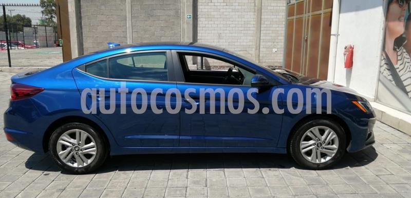 Foto Hyundai Elantra GLS Premium usado (2019) color Azul precio $303,000