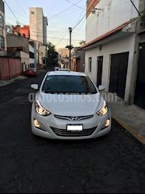 Hyundai Elantra Limited Tech Aut usado (2015) color Blanco precio $173,000