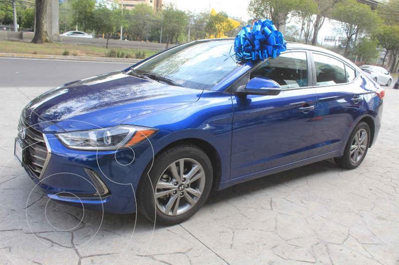 Foto Hyundai Elantra GLS Premium Aut usado (2018) color Azul precio $249,000