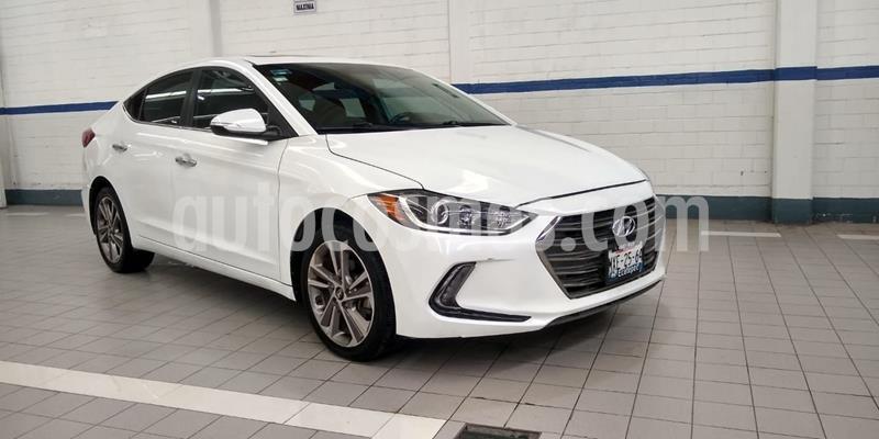 Hyundai Elantra Limited Tech Navi Aut usado (2017) color Blanco precio $226,000