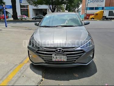 Hyundai Elantra GLS usado (2019) color Plata precio $240,000