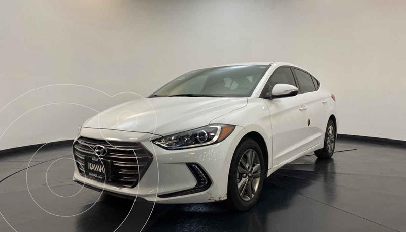 Hyundai Elantra GLS Premium Aut usado (2017) color Blanco precio $217,999