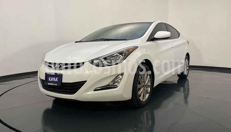 Hyundai Elantra GLS Premium Aut usado (2016) color Blanco precio $179,999