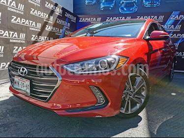 Hyundai Elantra Limited Aut usado (2017) color Rojo precio $235,000