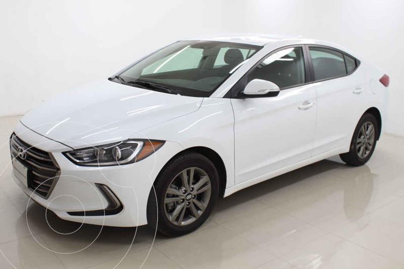 Foto Hyundai Elantra GLS Premium Aut usado (2018) color Blanco precio $274,000