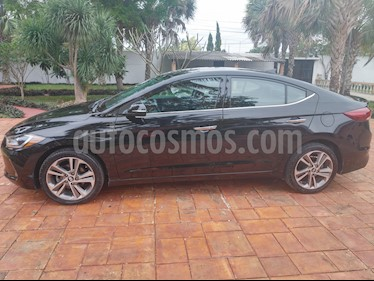 Hyundai Elantra Limited Tech Aut usado (2017) color Negro precio $215,000