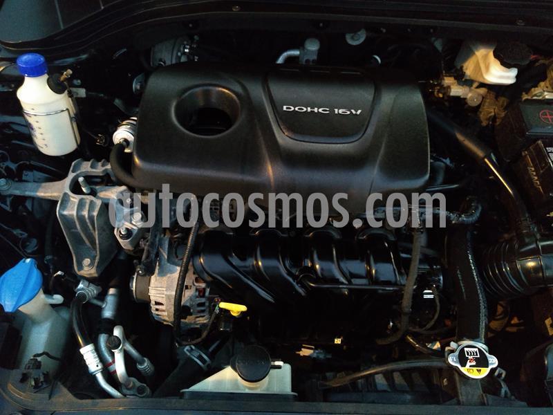 Hyundai Elantra  1.6L Full  usado (2015) color Negro precio $13,800