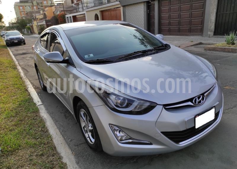 Hyundai Elantra  1.6L Full Aut  usado (2015) color Plata precio $12,900