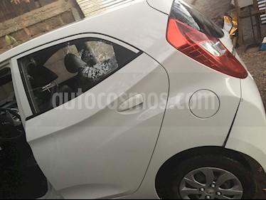 Foto Hyundai Eon GL usado (2015) color Blanco precio $3.600.000