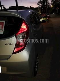 Hyundai Eon GLS usado (2014) color Gris Claro precio $3.800.000