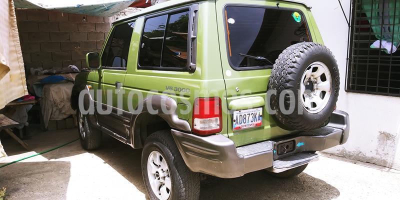 Hyundai Galloper 2p V6,3.0i,12v A 2 2 usado (1999) color Verde precio u$s1.900