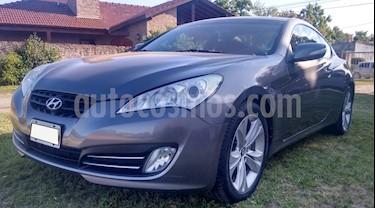 Foto venta Auto Usado Hyundai Genesis Coupe 2.0 T (2010) color Gris precio $450.000
