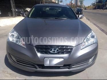 foto Hyundai Genesis Coupé 3.8L Full Premium Aut usado (2011) color Gris Oscuro precio $1.150.000
