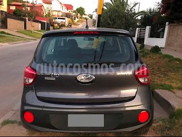 Foto venta Auto Usado Hyundai Grand i10 1.2L GLS (2018) color Gris Oscuro precio $6.500.000