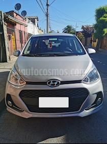 Hyundai Grand i10 1.2 GLS  usado (2019) color Plata precio $6.900.000
