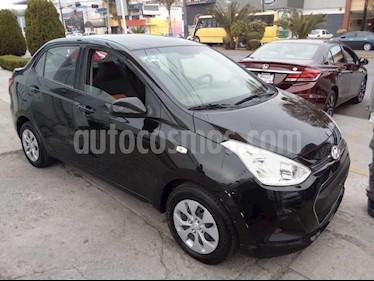 Foto venta Auto Seminuevo Hyundai Grand i10 GL MID Aut (2017) color Negro precio $149,000