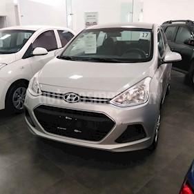 Foto venta Auto usado Hyundai Grand i10 GL MID (2017) color Plata precio $139,000