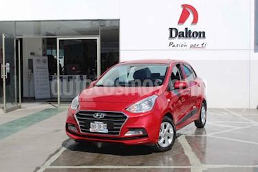 Foto Hyundai Grand i10 GLS Aut usado (2018) color Rojo precio $189,000