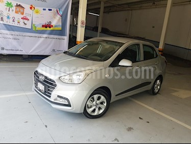 Foto venta Auto usado Hyundai Grand i10 GLS (2018) color Plata precio $180,000