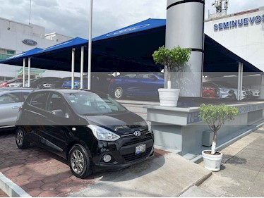 Foto venta Auto usado Hyundai Grand i10 GLS (2015) color Negro precio $132,900