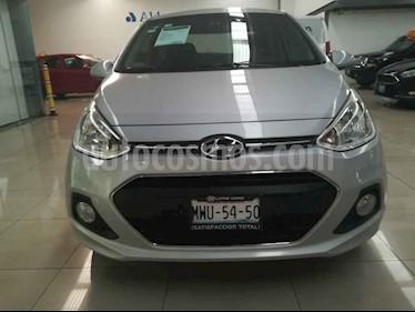 Hyundai Grand i10 GLS Aut usado (2015) color Plata precio $155,000