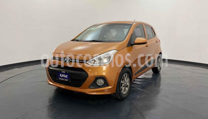 Hyundai Grand i10 GLS usado (2015) color Naranja precio $137,999
