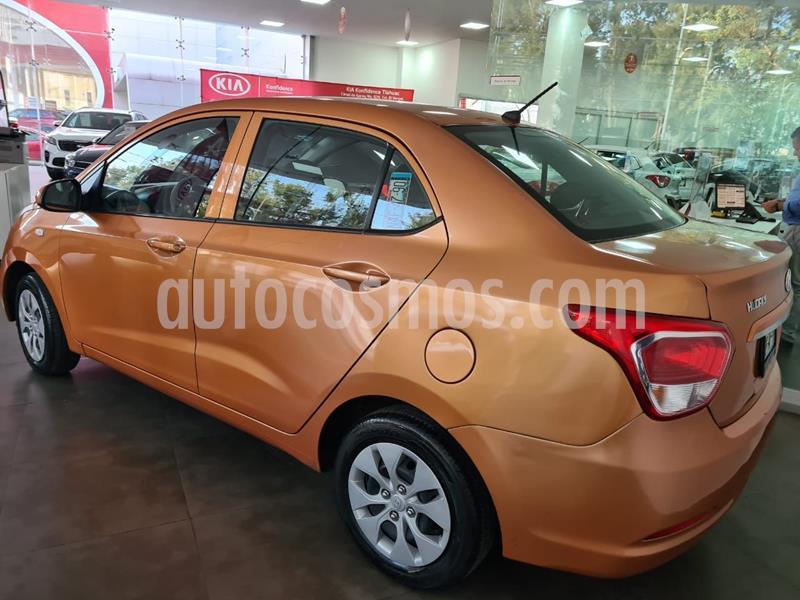 Hyundai Grand i10 GL MID Aut usado (2017) color Naranja precio $145,000