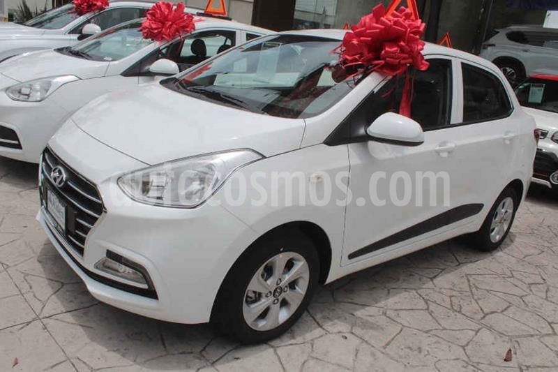 Hyundai Grand i10 GLS Aut usado (2020) color Blanco precio $240,300