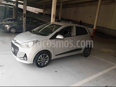 Hyundai Grand i10 GLS Aut usado (2018) color Plata precio $179,900