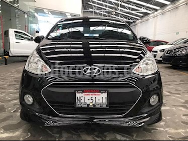 Hyundai Grand i10 4P GLS AT A/AC. VE F. NIEBLA RA-14 usado (2017) color Negro precio $155,500