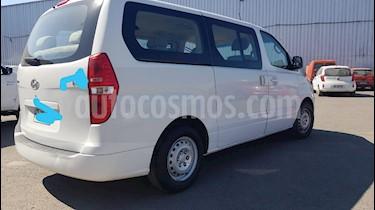 Hyundai H-1 Minibus GL 2.5 Diesel 12P Ac  usado (2015) color Blanco precio $13.850.000