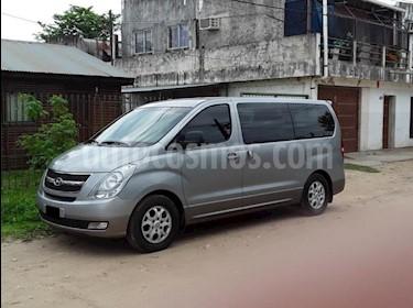 Hyundai H1 Mini Bus 12 Pas. CRDi Full Premium  usado (2014) color Gris Claro precio $1.000.000