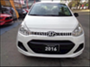 Foto venta Auto usado Hyundai i10 Sedan GL Aut (2016) color Blanco precio $138,000