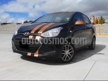 Foto venta Auto Seminuevo Hyundai i10 Sedan GL MID Aut (2017) color Negro precio $163,000