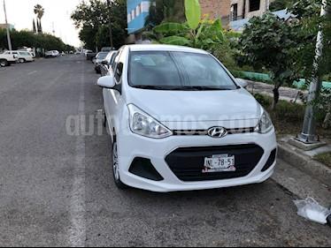 Hyundai i10 Sedan GL MID usado (2017) color Blanco precio $145,000