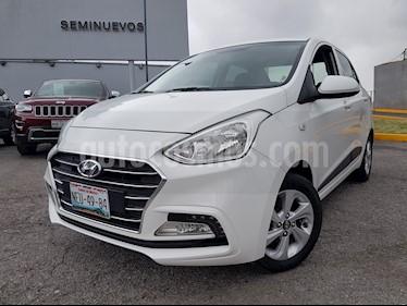 Foto Hyundai i10 Sedan GLS usado (2018) color Blanco precio $180,000