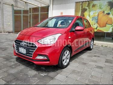 Hyundai i10 Sedan GLS Aut usado (2018) color Rojo precio $210,000