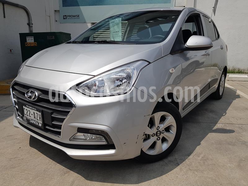 Hyundai i10 Sedan GLS Aut usado (2018) color Plata precio $175,000